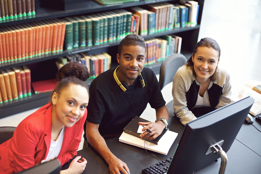 College and university students use library website services